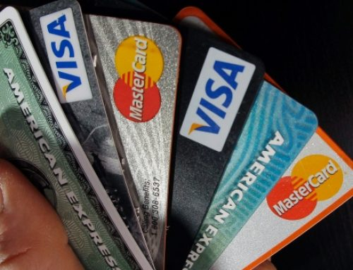 Canadians are struggling with debt more than ever (33%)